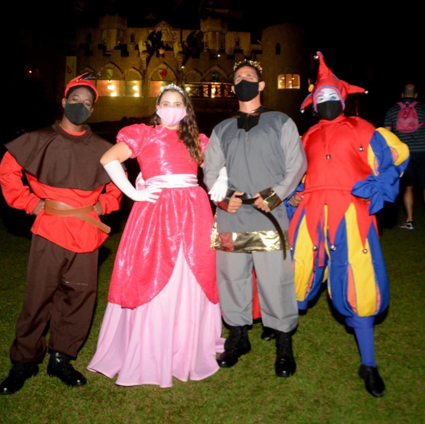 Novo show de som e luzes do Castelo Medieval!